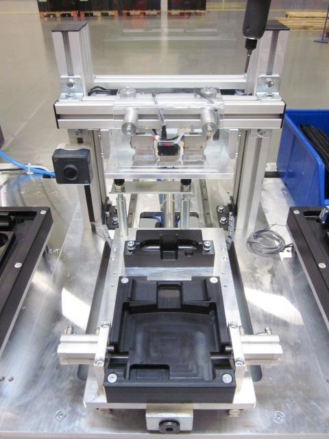 montazna stanica skladanie laktovej opierky 2